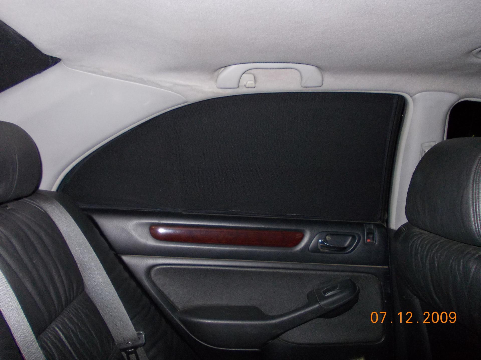 Отдалась в окно автомобиля 6 фотография