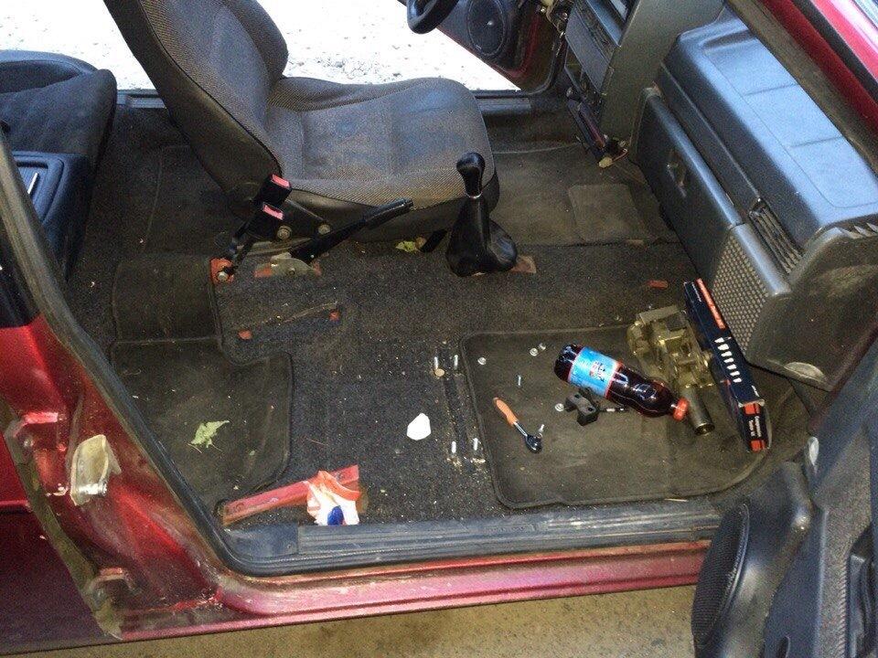 Замена водительских сидений ВАЗ 2109