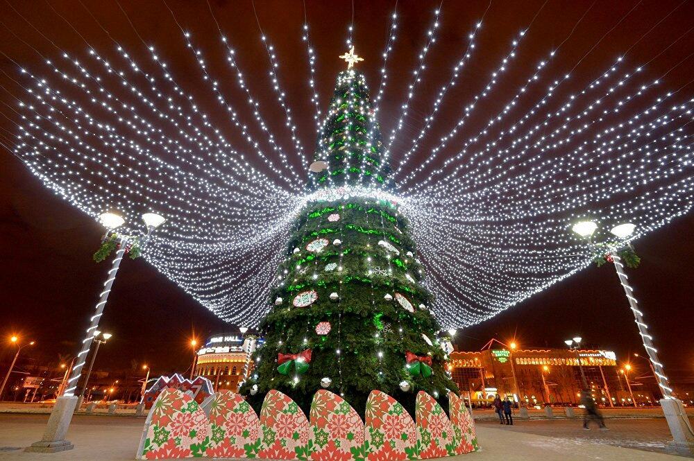 Минск на новый год фото хепберн