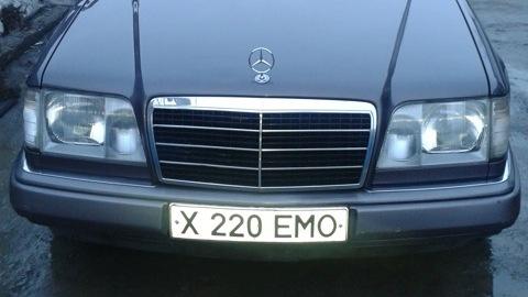 Mercedes-Benz E-class.  Пожаловаться.  Сообщение.