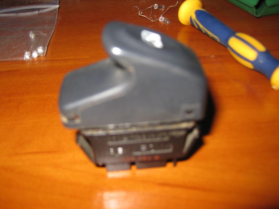 renault megane 2 замена подсветки кнопок