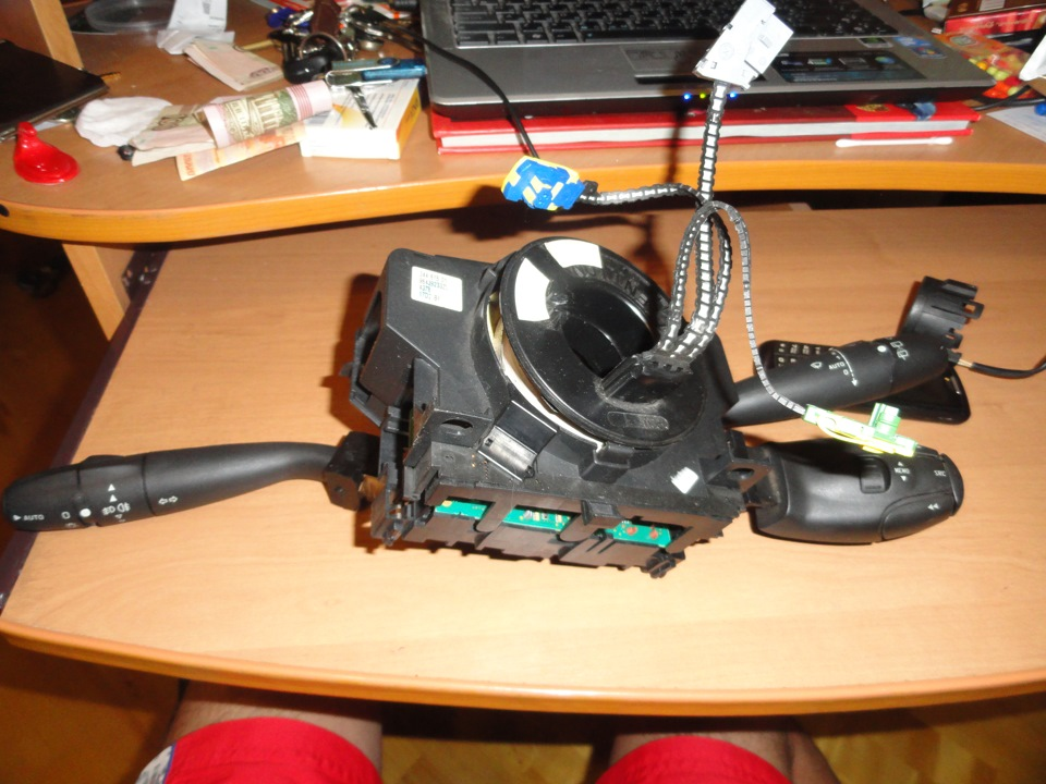 ремонт подрулевого переключателя peugeot 308