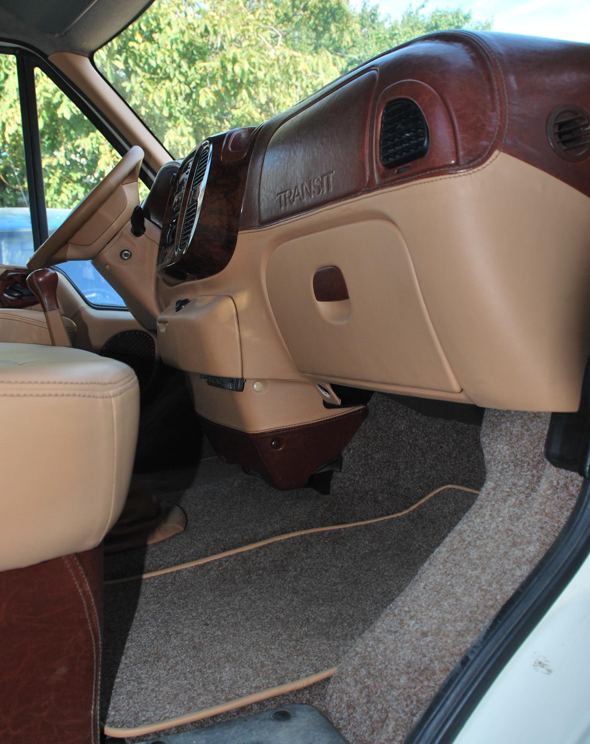 форд руками своими пол транзит