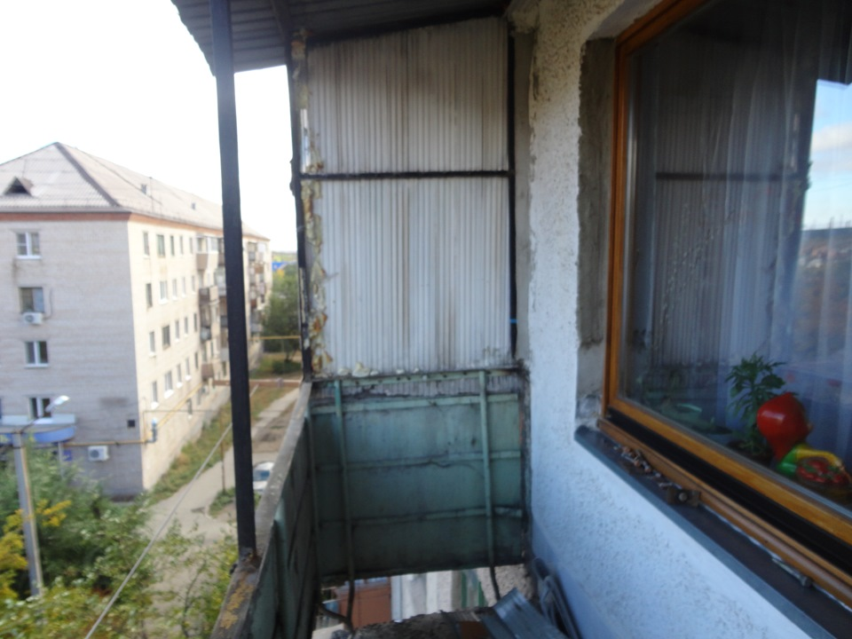 Переделка балкона в панельном доме..