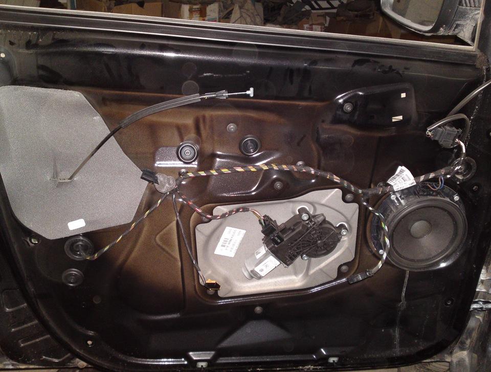 Фото и видео инструкция как разобрать водительскую дверь, как снять карты на шкоде и автомобилей форд