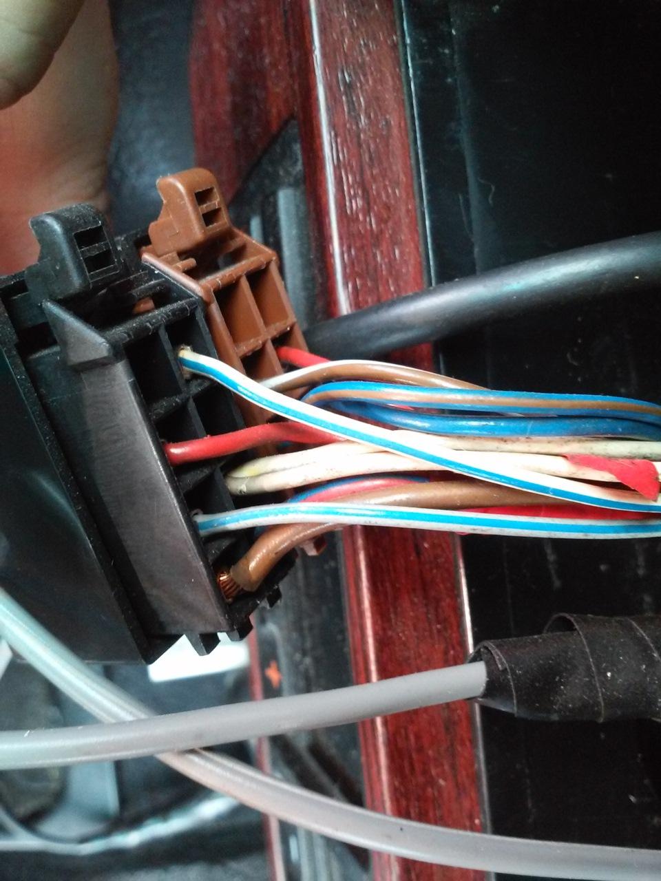схема подключения усилителя антенны