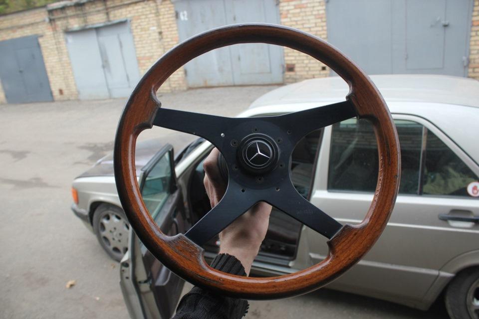 шикарный руль в мерседес 190