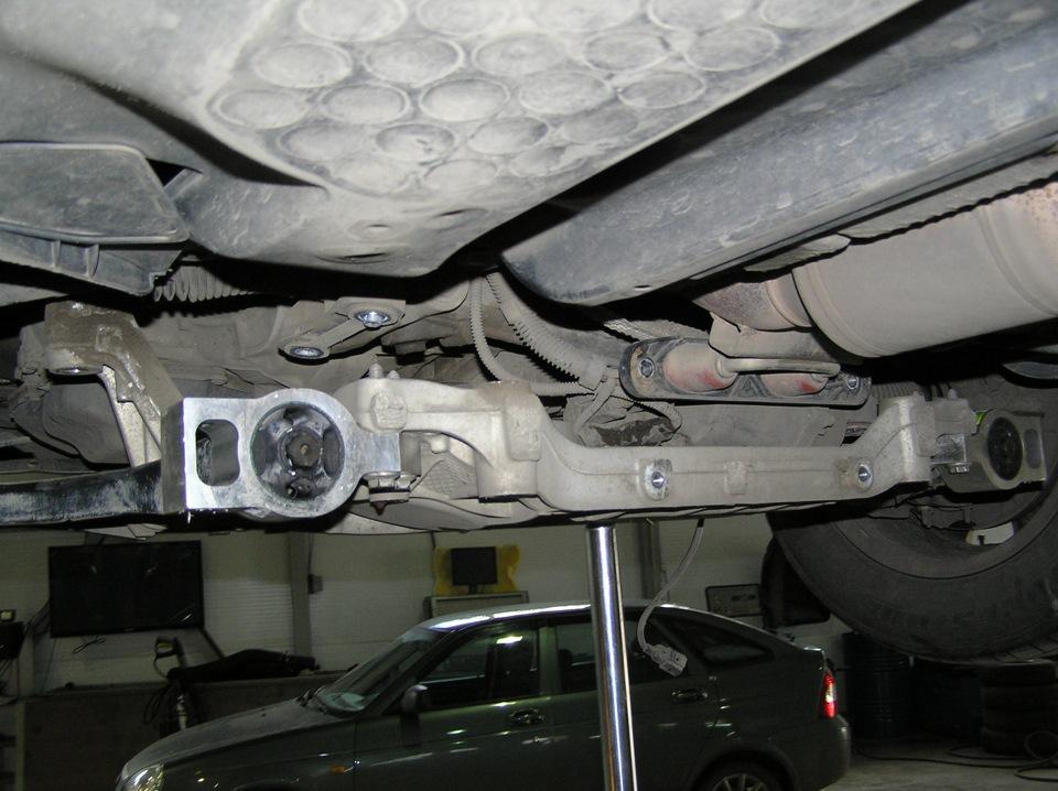 Задние сайлентблоки и втулки стабилизатора. - бортжурнал Volkswagen Tiguan Белый ТИГРуан 2011 года на DRIVE2