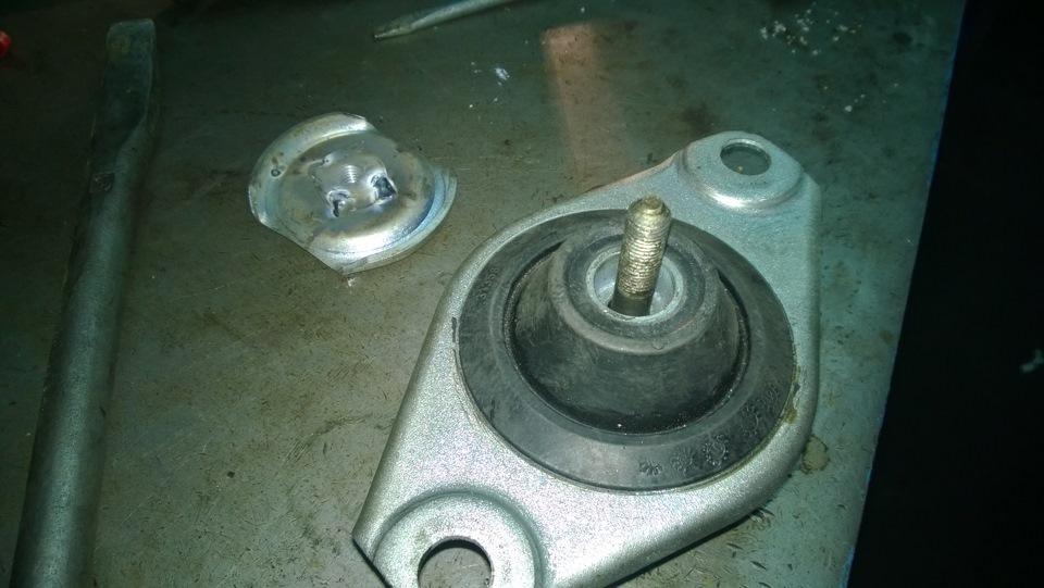 замена подушки двигателя на фиат альбеа