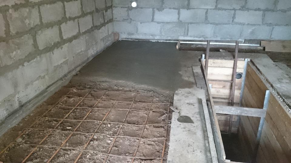 залить бетонный пол в гараже своими руками
