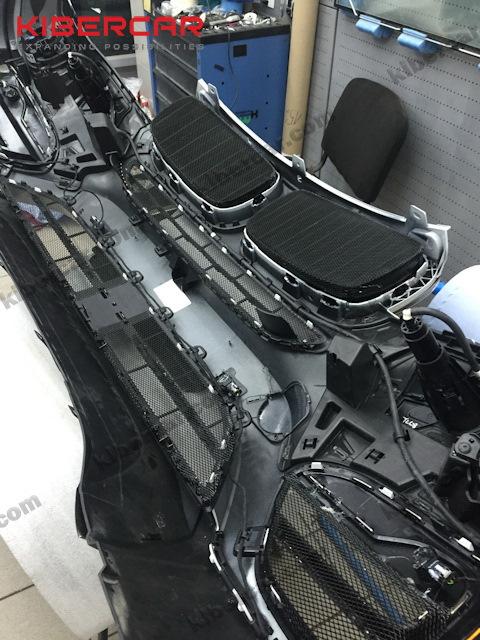 Процесс установки на BMW X5 F15.