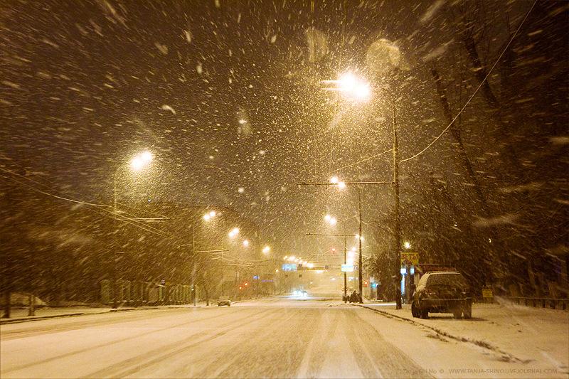 фото снег идет в городе считается, что женском