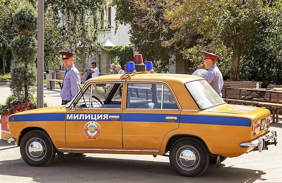 Для, картинки милицейские машины