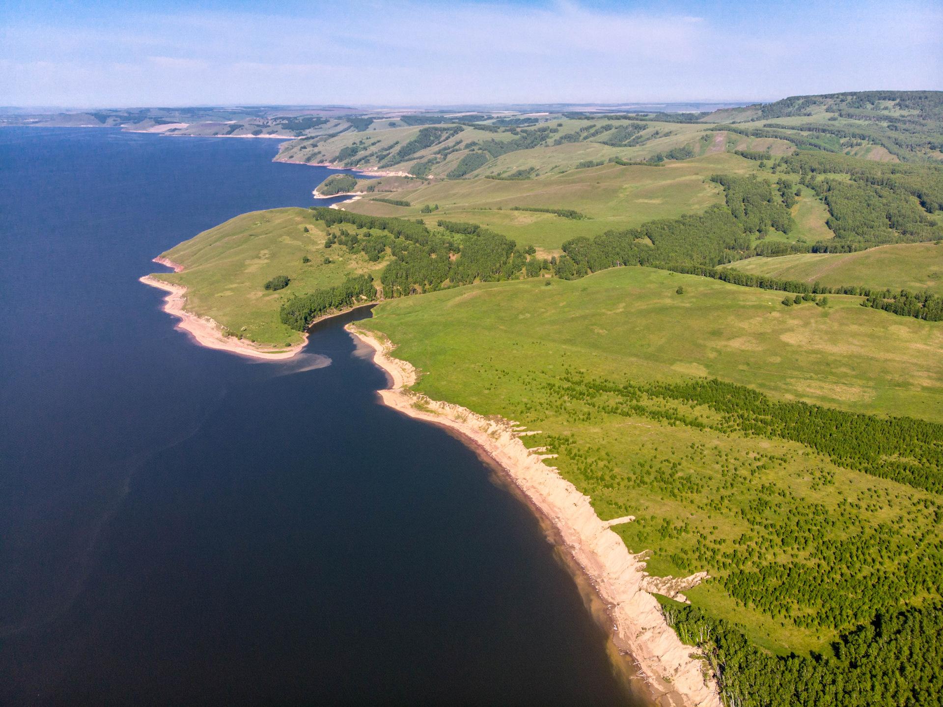 фотохимическим реакциям фото лебяжье красноярское море ключевых