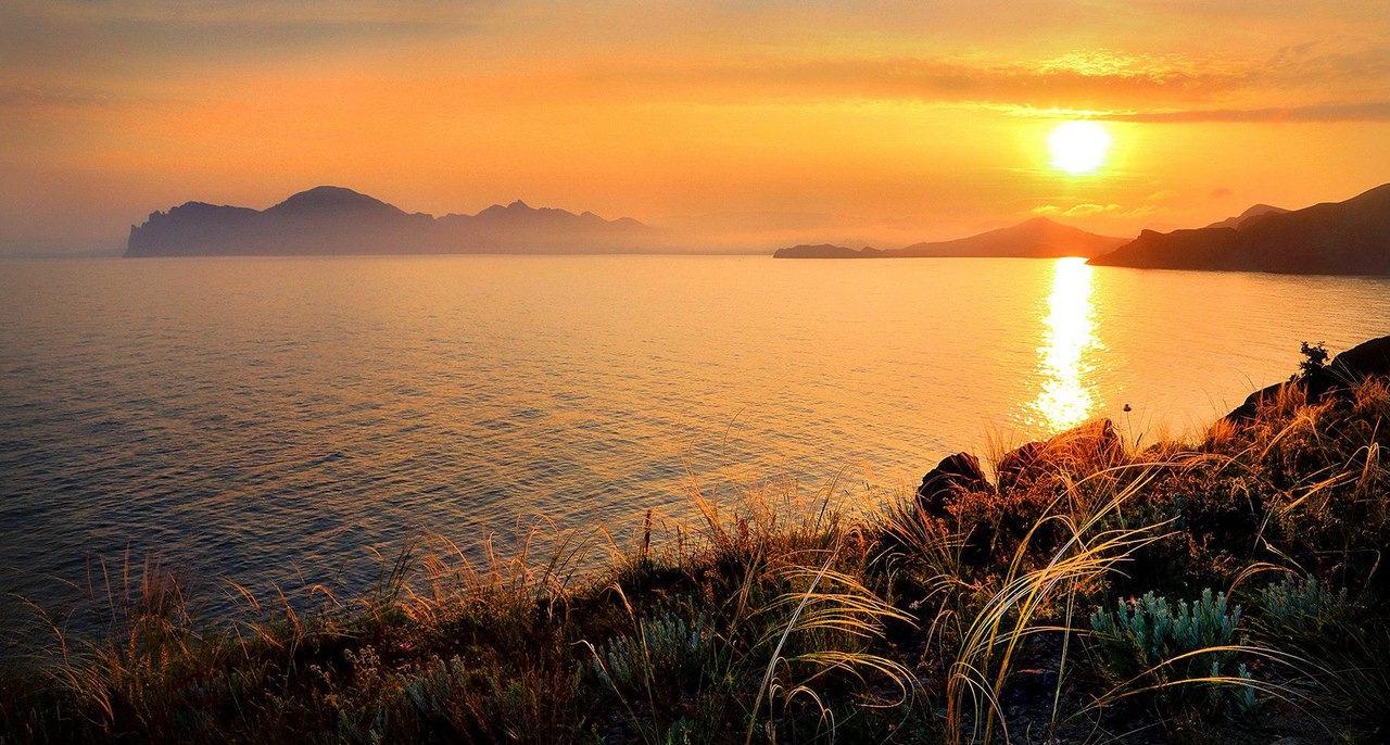 крым море на закате фото туристов того