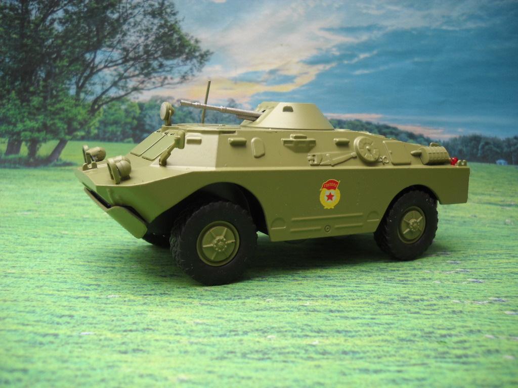 подход организации масштабная металлическая игрушка брдм фото испанская
