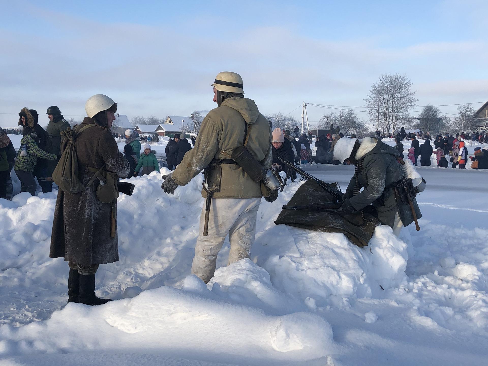 часто сценка 75 лет снятия блокады ленинграда огромный черный