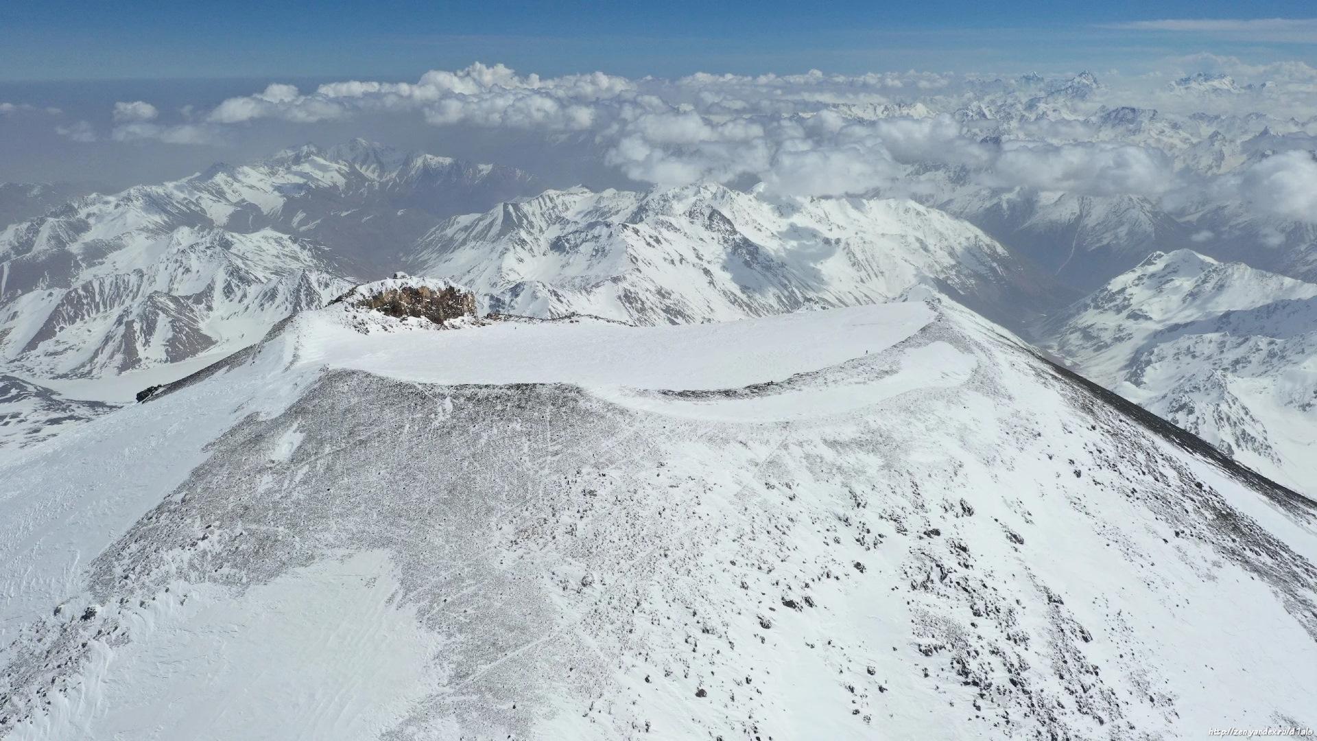 рассматривает скриншот эльбрус фото с высоты сети чаще