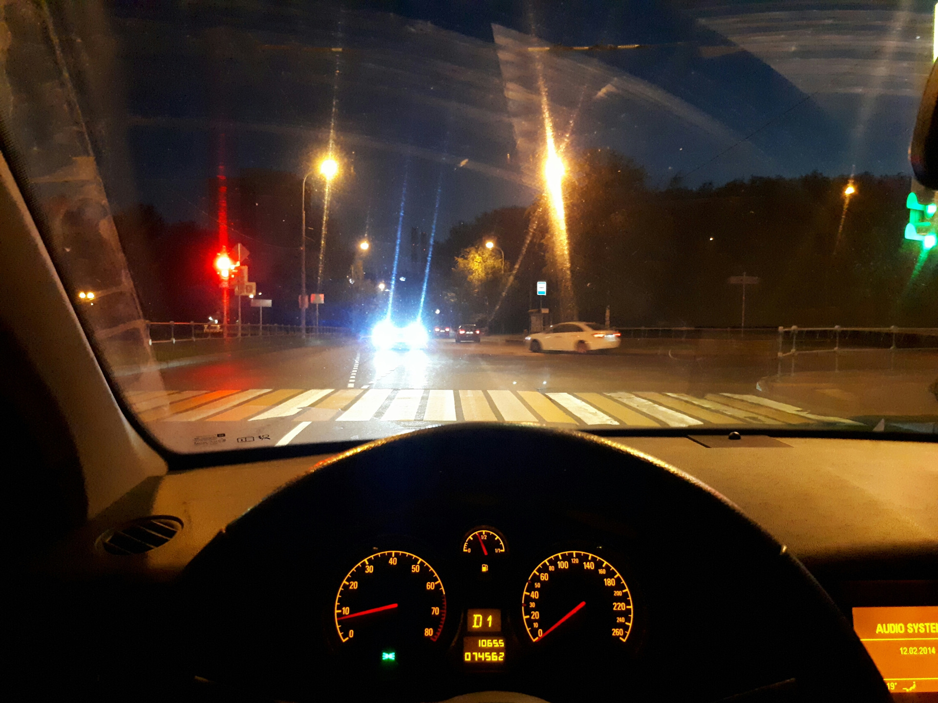 львовна фото ночью из окна автомобиля все ярко