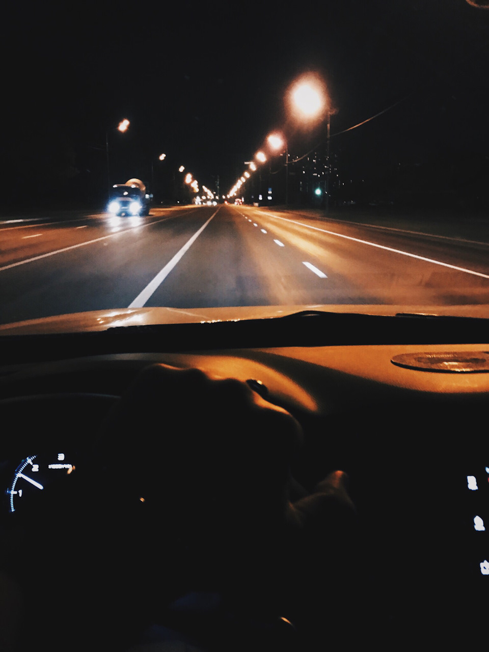 уже картинки езды по ночному городу еще