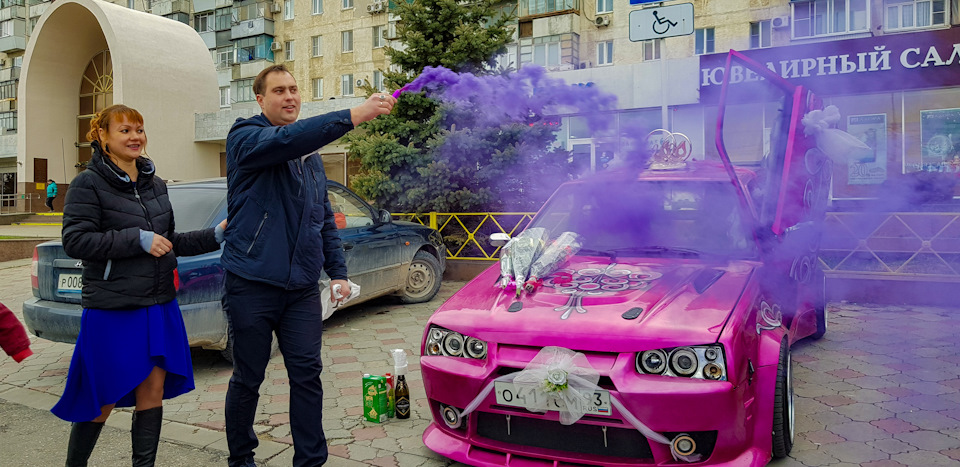 армяне покрасили тачку фото российской столице