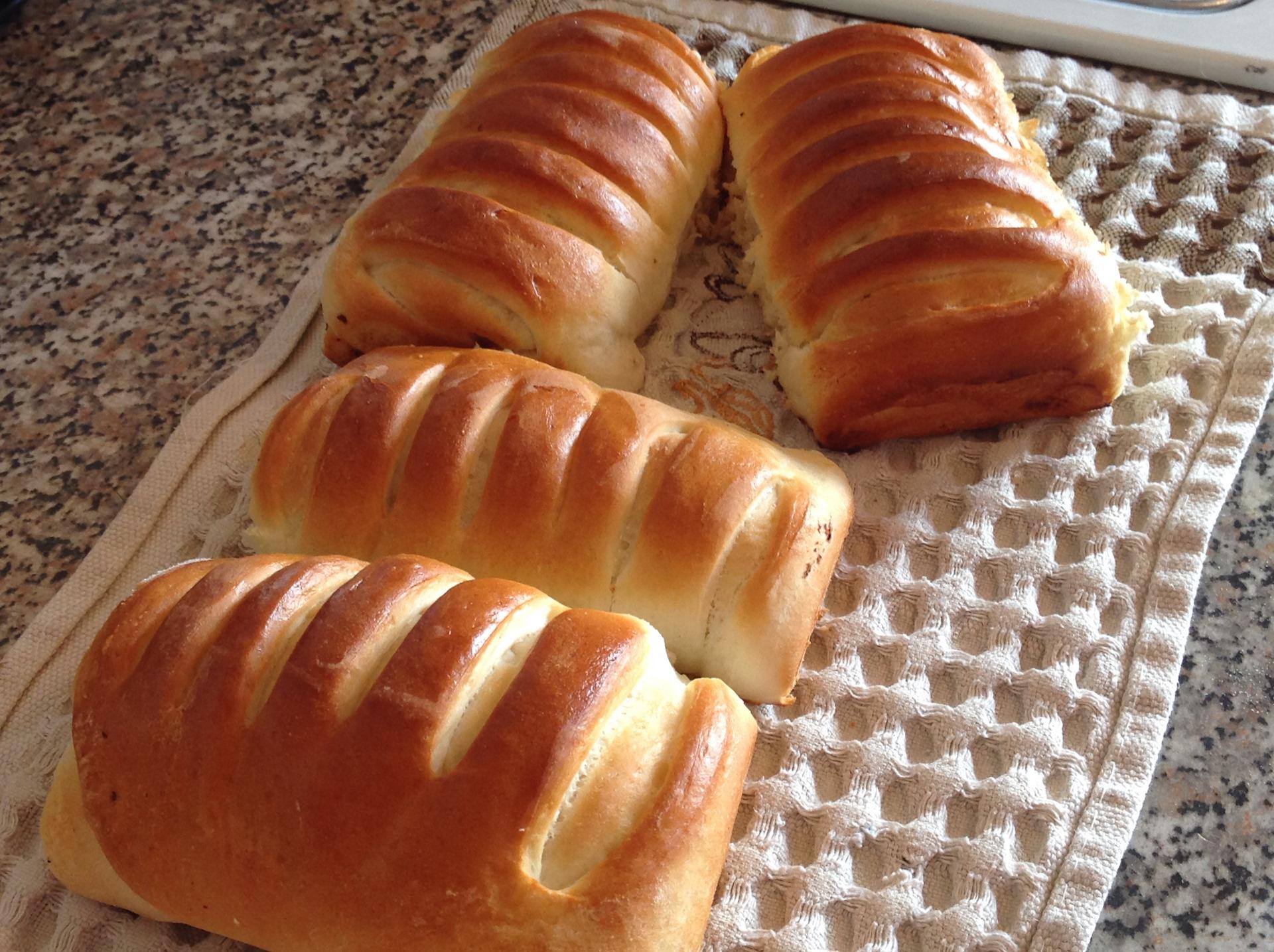 пышные пирожки на прессованных дрожжах рецепт