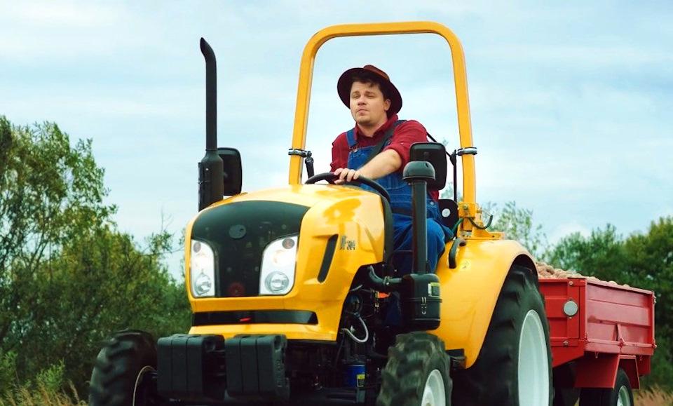 картинки водителя трактора проводит